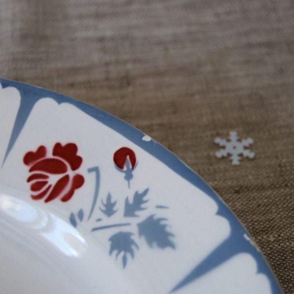 Assiette Sarreguemines gris et rouge