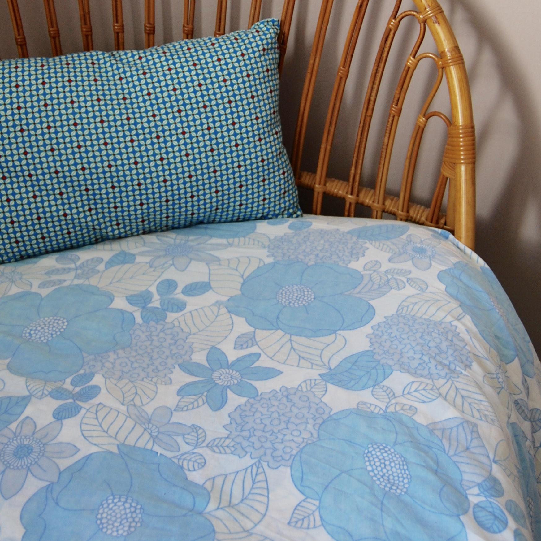 drap plat vintage 2 personnes brocante avenue. Black Bedroom Furniture Sets. Home Design Ideas