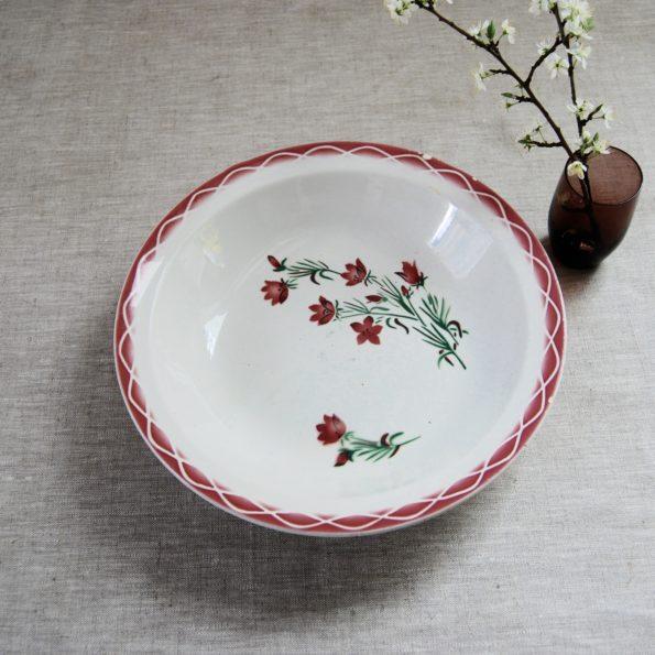 Plat Sarreguemines et Digoin rouge et blanc