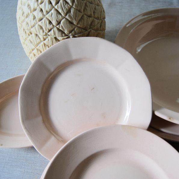 Vaisselle Digoin & Sarreguemines couleur saumon