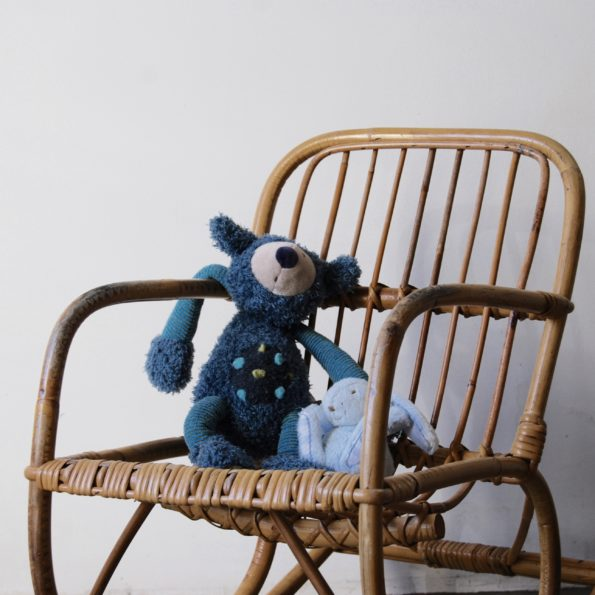 Rocking chair enfant vintage en rotin