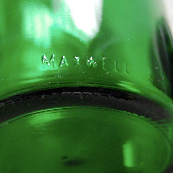 Bocal vert à facettes