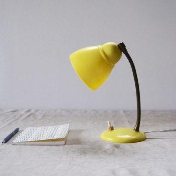 Lampe jaune vintage