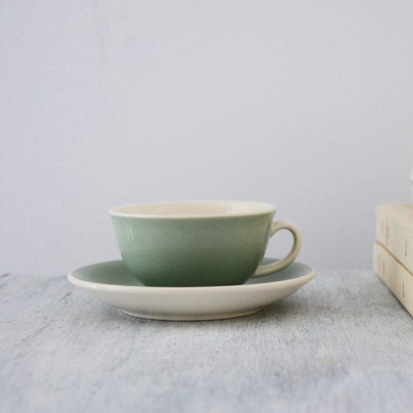 Service à café vert amande