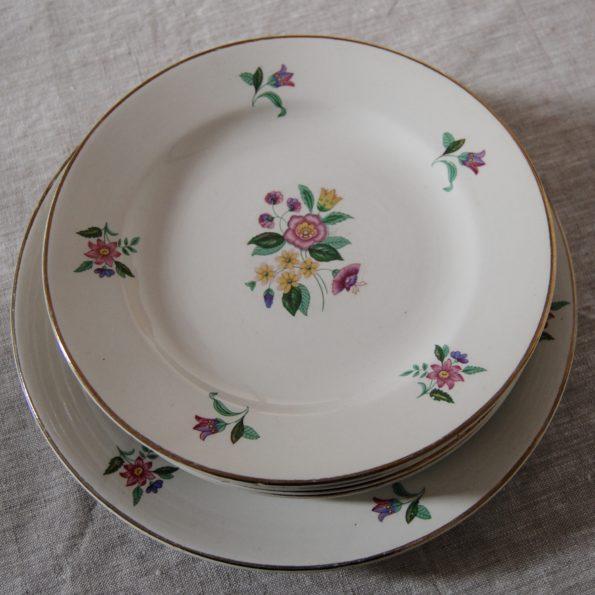 Assiettes plates et plat Digoin Sarreguemines modèle Jamaique