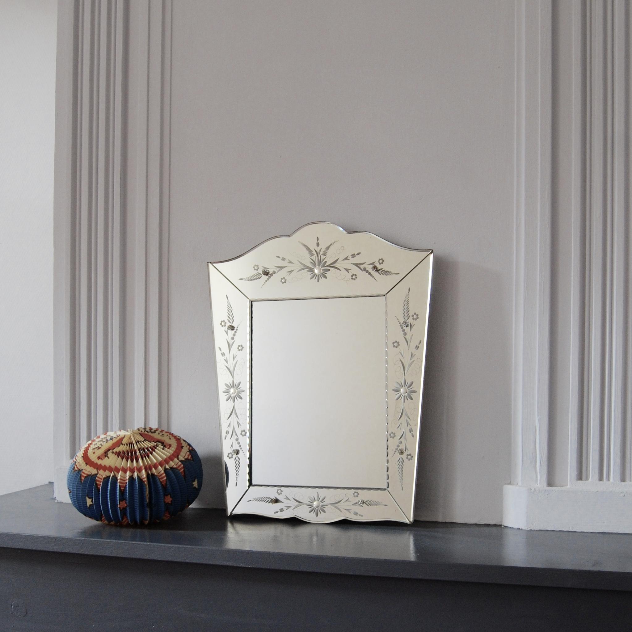 miroir v nitien brocante avenue. Black Bedroom Furniture Sets. Home Design Ideas