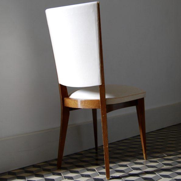Chaises en skaï et bois