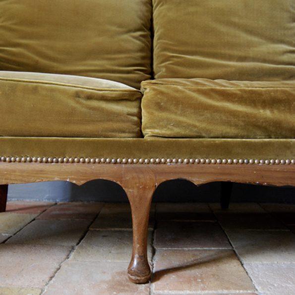 Canapé cannage kaki