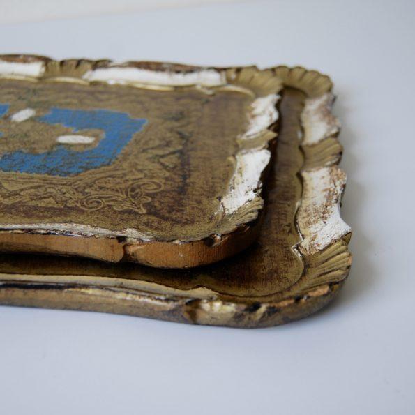 Plateaux florentin en bois peint rectangulaire bleu et doré