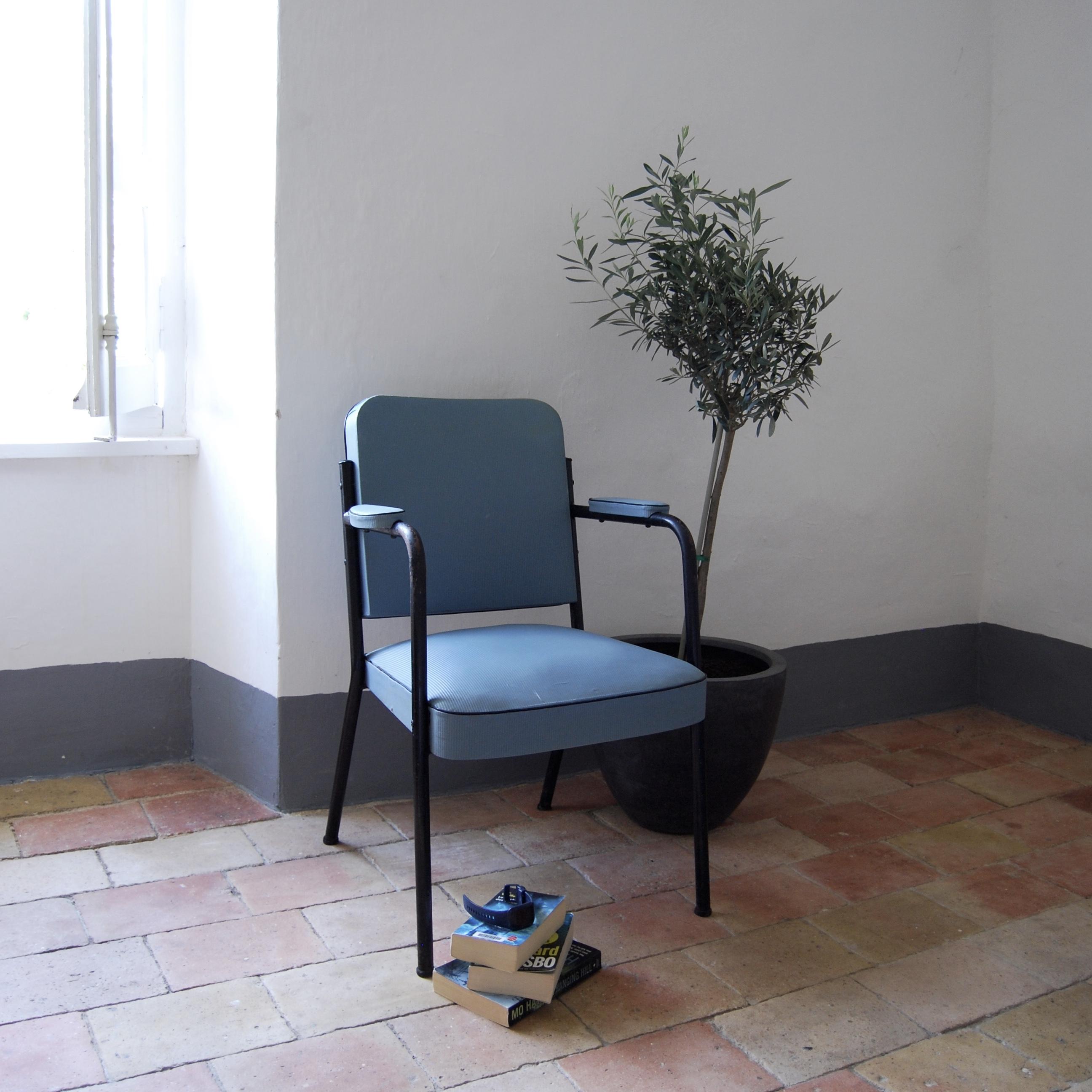 fauteuil de bureau vintage brocante avenue. Black Bedroom Furniture Sets. Home Design Ideas