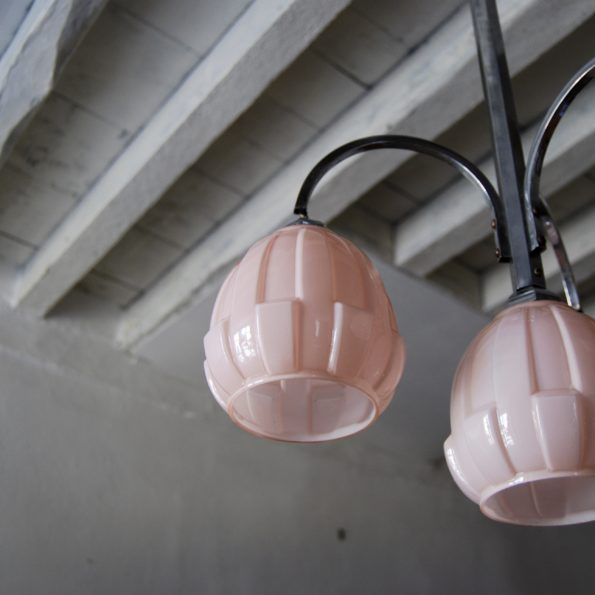 Suspension lustre Art Deco en opaline rose