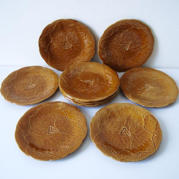 Assiettes à dessert Gien modèle Primefleur vignes couleur caramel