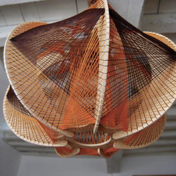 Suspension scandinave fils et bois