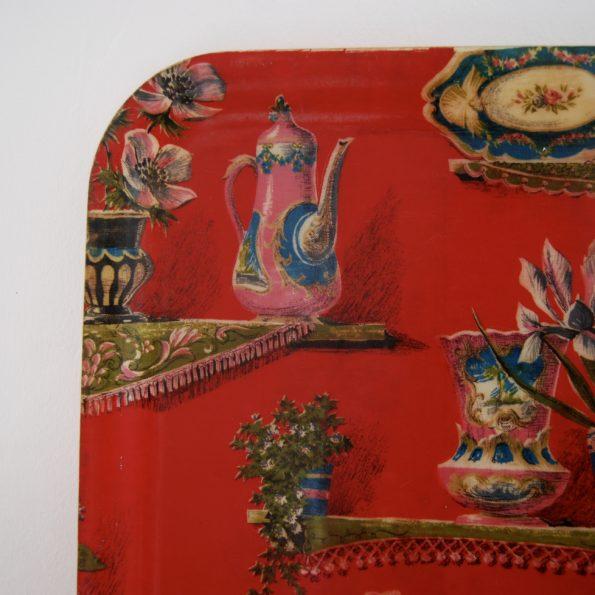 Plateau vintage en fibre de verre rouge