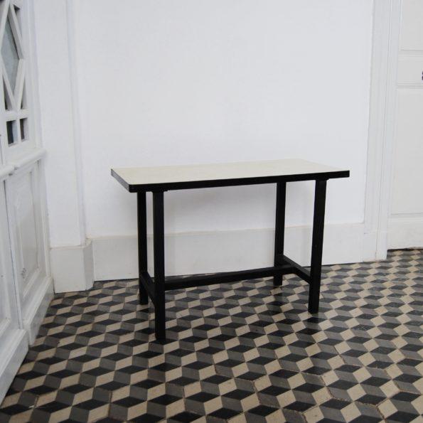Table d'appoint table basse formica et métal