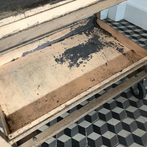 Meuble de métier postal en métal chariot tri la poste industriel vintage
