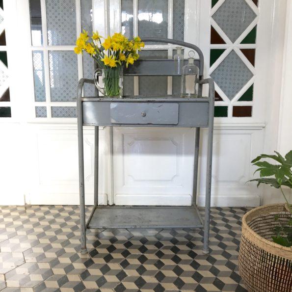 Meuble de toilette d'hôpital en métal gris vintage ancien industriel meuble de métier