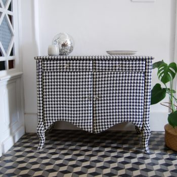 Commode vintage pied de poule louis XV