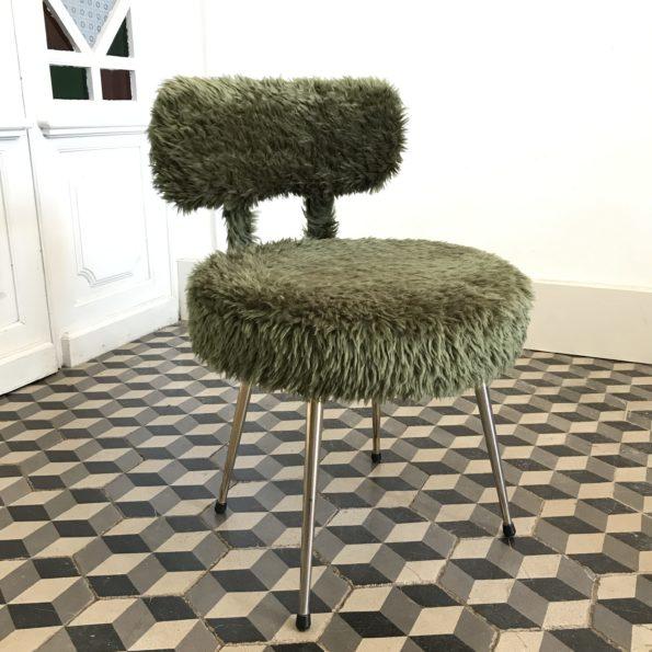 Chaise moumoute Pelfran verte vintage