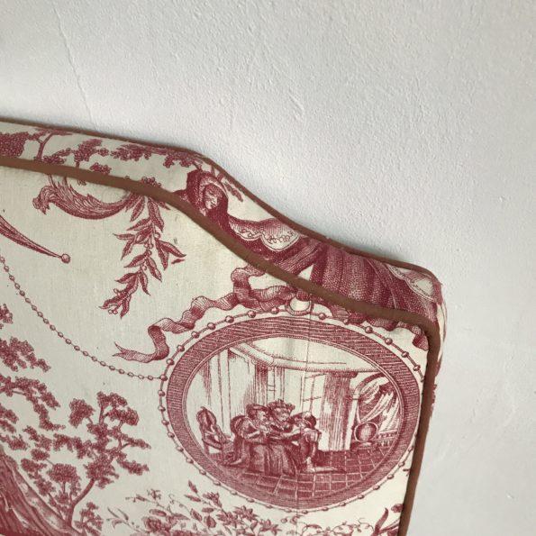 Tête de lit en tissu Toile de Jouy haute
