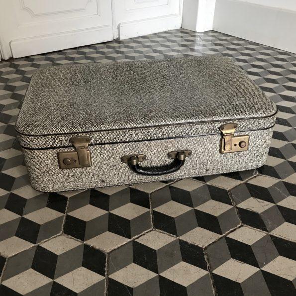 Valise vintage noir et blanc