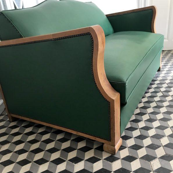 Canapé moustache convertible vintage vert