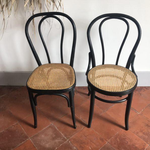 Chaises bistrot cannées bois noir