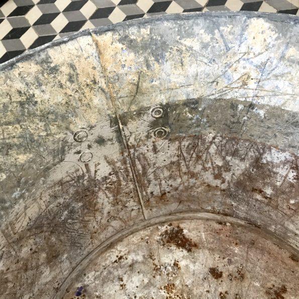 Bassine en zinc ancienne grand format avec poignées