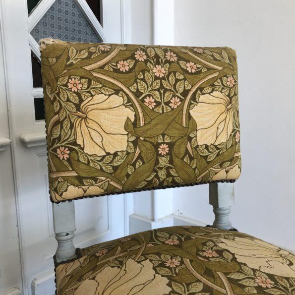 Chaise style Napoléon III ancien décor fleurs