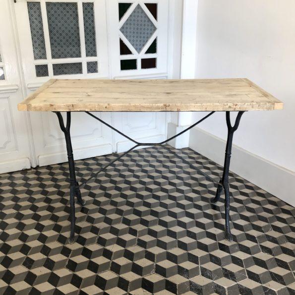 Ancienne table de bistrot en bois et fonte noir vintage
