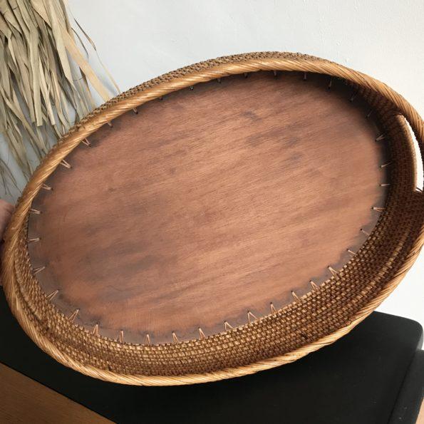 Corbeille plateau en osier fond en bois