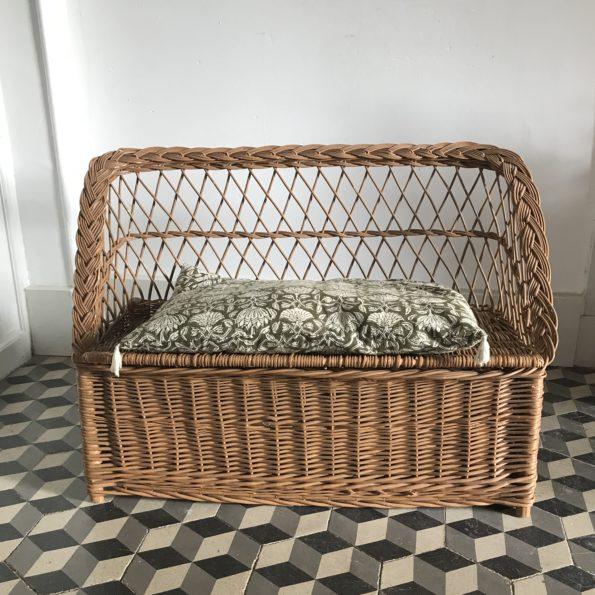 Banc coffre en rotin vintage