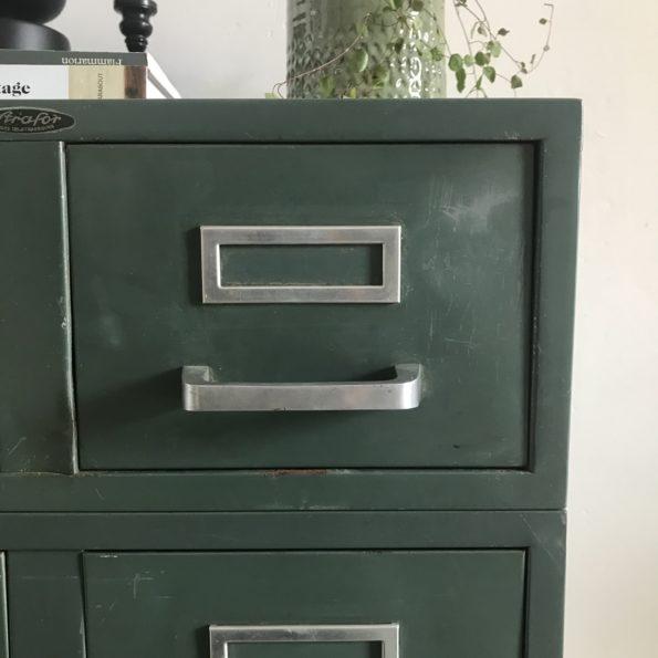 Meuble industriel Strafor vert administratif bloc casier tiroirs fiches