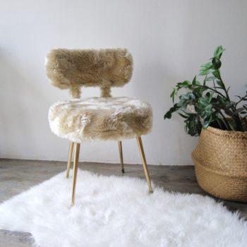 Chaise moumoute vintage années 70