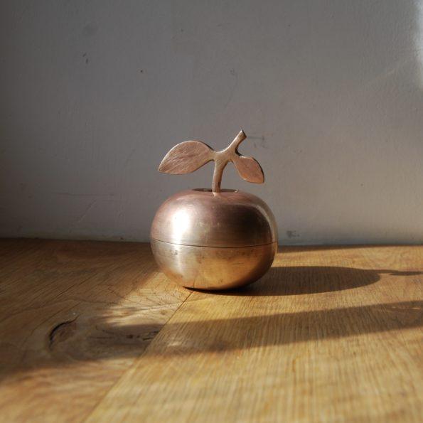 Pomme laiton vintage