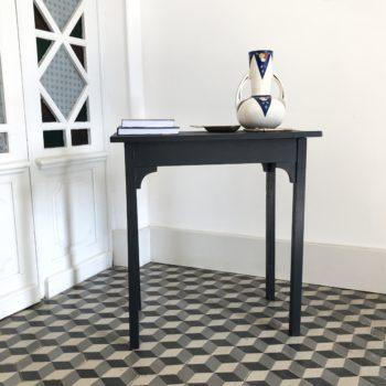 Table console en bois peint noir peinture libéron queue de pied mat