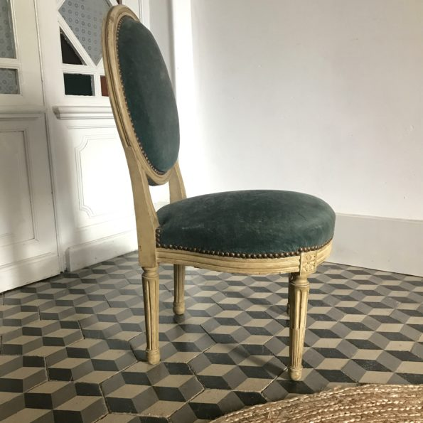 Chaise médaillon velours bleu vert louis XVI