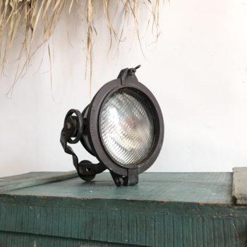 Projecteur de bateau ancien