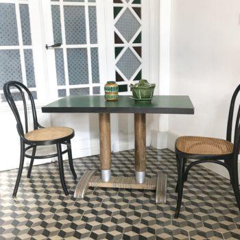 Table bistrot bois et métal Art Déco formica vert