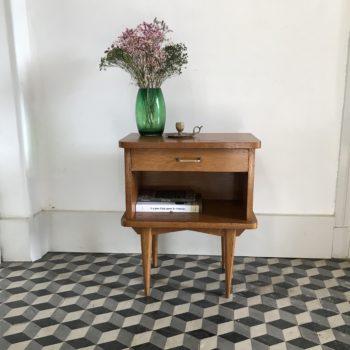 Table de chevet vintage en bois