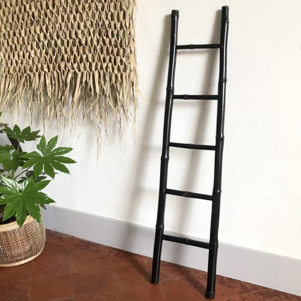 Echelle en bambou noir 5 barreaux bois rotin