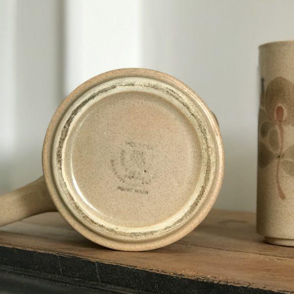 Service à boisson orangeade en grès beige moucheté faïence Saint Amand Meylan réalisé à la main vintage
