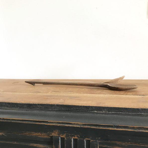 Cuillères en bois anciennes vintage