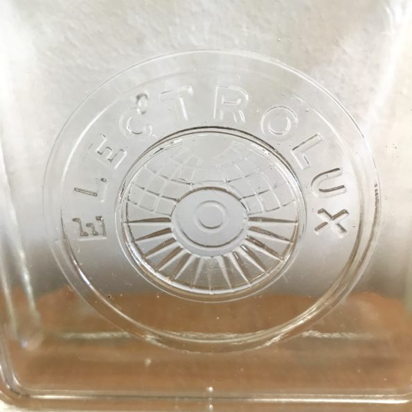 Ancienne boîte en verre transparent Electrolux