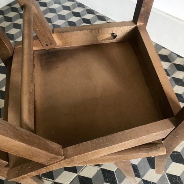Lot de 4 chaises en formica et bois modèle rare