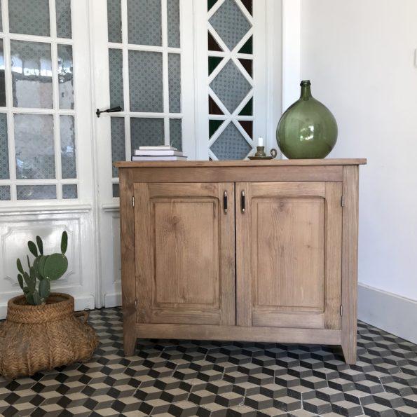 Buffet parisien en bois brut vintage