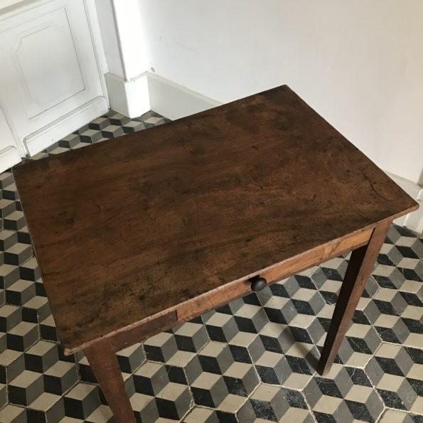 Table d'appoint bureau ou console en bois avec un tiroir