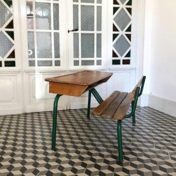 Bureau ou pupitre d'écolier Delagrave en bois et métal 2 places vintage enfant